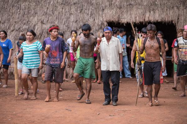 Thomas Bauer - Guarani Kaiowa Comunidade indigena Laranjeira Nhanderu Rio Brilhante MS